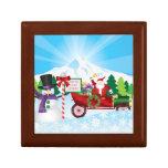 Papá Noel en el coche del vintage con la caja de l Caja De Regalo