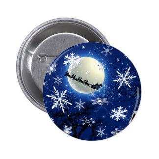 Papá Noel está viniendo al botón de la ciudad Pin Redondo De 2 Pulgadas