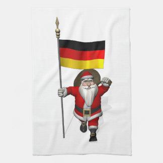 Papá Noel patriótico con la bandera de Alemania Toallas De Cocina