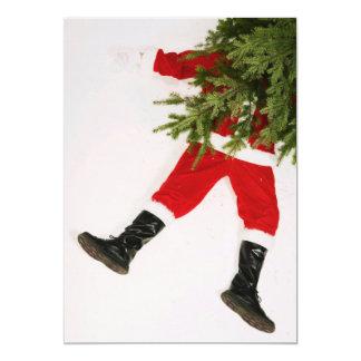 """Papá Noel por debajo el árbol de navidad Invitación 5"""" X 7"""""""