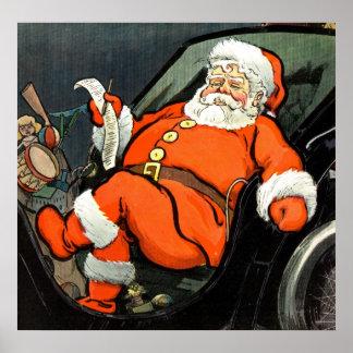 Papá Noel que comprueba el suyo lista 1904 Posters