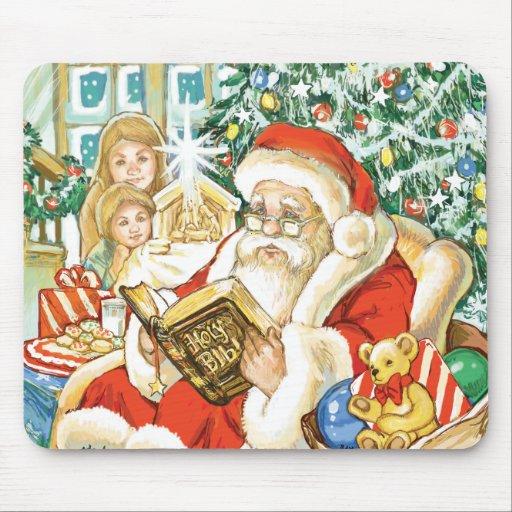 Papá Noel que lee la biblia el Nochebuena Alfombrillas De Raton