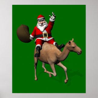 Papá Noel que monta un camello Poster