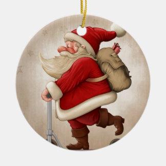 Papá Noel y la vespa del empuje Adorno Redondo De Cerámica