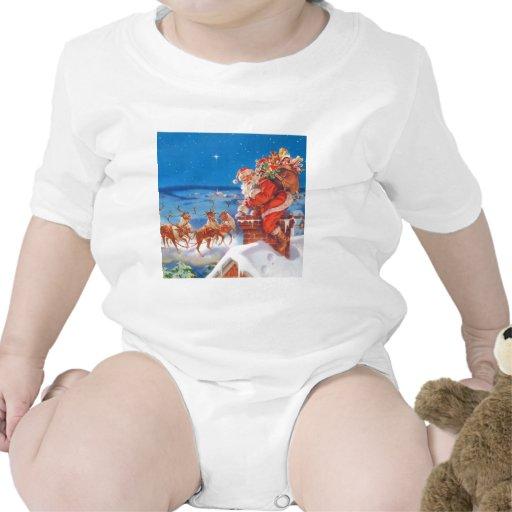 Papá Noel y su reno poderoso Camiseta