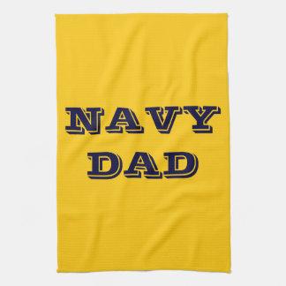 Papá orgulloso de la marina de guerra de la toalla
