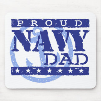 Papá orgulloso de la marina de guerra tapetes de raton