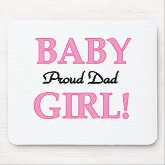 Papá orgulloso de la niña tapetes de raton