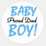 Papá orgulloso de las camisetas y de los regalos pegatina redonda