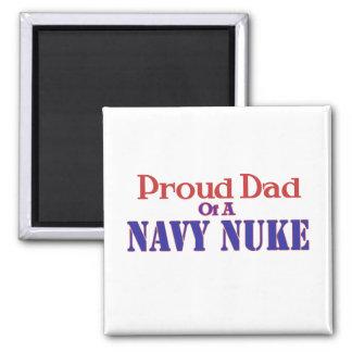 Papá orgulloso de un arma nuclear de la marina de  imán cuadrado