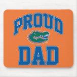 Papá orgulloso del cocodrilo alfombrilla de raton