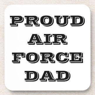 Papá orgulloso determinado de la fuerza aérea del  posavaso