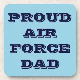Papá orgulloso determinado de la fuerza aérea del  posavasos de bebidas