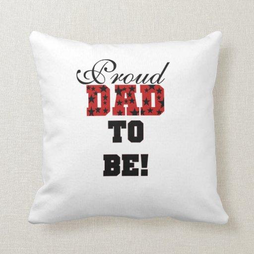 Papá orgulloso rojo y negro a ser regalos cojines