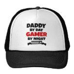 Papá por videojugador del día por noche gorra