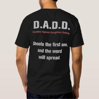 Papás contra las hijas que fechan la camiseta remeras