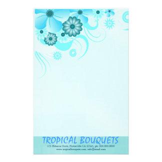 Papel azul de los efectos de escritorio del  papeleria de diseño