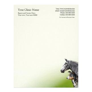 Papel con membrete del negocio del veterinario del membrete