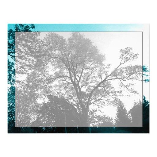 Papel con membrete escénico de los árboles membrete