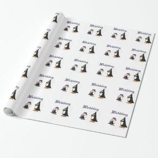 Papel de embalaje del boda del pingüino de novia y