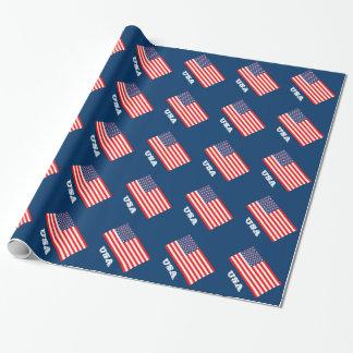 Papel de embalaje patriótico con la bandera de papel de regalo