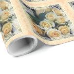 Papel de embalaje - ramo cremoso de los rosas