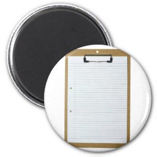 Papel de escribir en blanco en el tablero imán redondo 5 cm