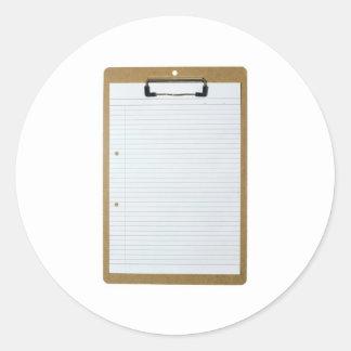 Papel de escribir en blanco en el tablero pegatina redonda
