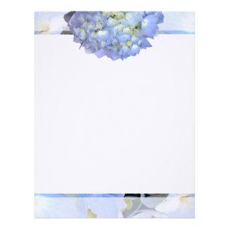 Papel de escribir floral azul claro membrete