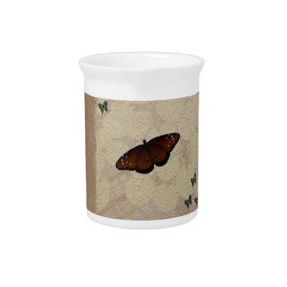 Papel de la mariposa jarra para bebida