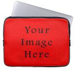 Papel de pergamino rojo del navidad del día de fie fundas portátiles