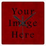 Papel de pergamino rojo del navidad del día de fie reloj