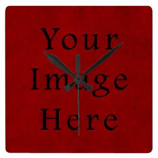 Papel de pergamino rojo del navidad del día de fie reloj cuadrado