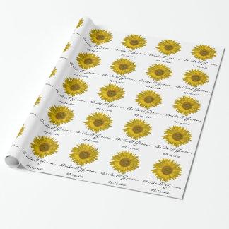 Papel de regalo amarillo personalizado del boda