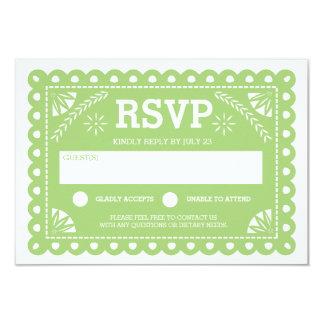 Papel Picado que casa el verde de RSVP Invitaciones Personales