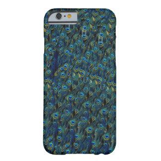 Papel pintado bonito de las plumas de pájaro del funda barely there iPhone 6