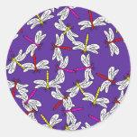 Papel pintado de la libélula etiquetas redondas