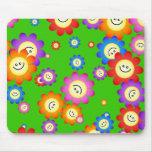 Papel pintado feliz de las flores alfombrilla de ratón