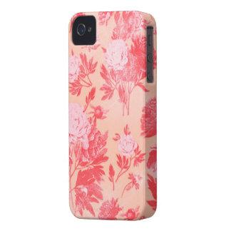 Papel pintado floral rasguñado rosa bonito del iPhone 4 protectores