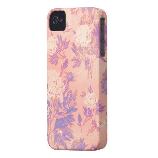 Papel pintado rasguñado floral del vintage púrpura iPhone 4 Case-Mate cobertura