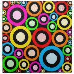 Papel pintado retro colorido de los anillos servilletas imprimidas