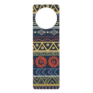 Papel pintado tribal de encargo del monograma