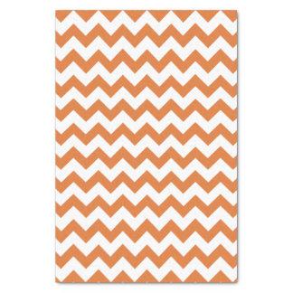 Papel seda anaranjado y blanco del modelo de