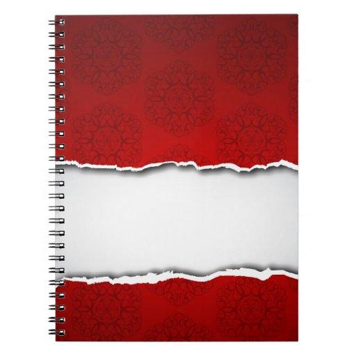 Papel y modelos rasgados rojos libros de apuntes con espiral