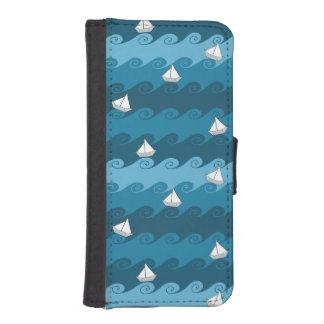 Paper Boats Pattern iPhone SE/5/5s Wallet Case