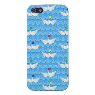 Paper Boats Sailing On Blue Pattern Case For iPhone SE/5/5s