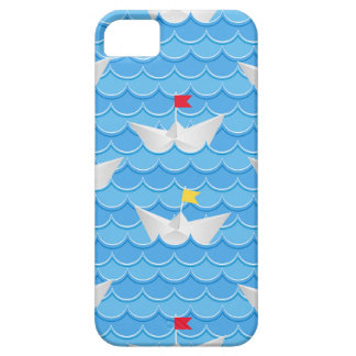 Paper Boats Sailing On Blue Pattern iPhone SE/5/5s Case