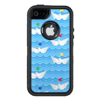 Paper Boats Sailing On Blue Pattern OtterBox iPhone 5/5s/SE Case
