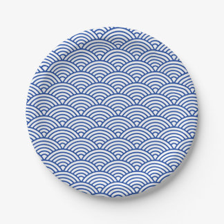 Paper plate blue and white circles