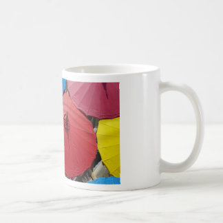 paper umblella coffee mug